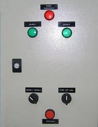 Painel de Comando em Caixa Metálica Comutação Automática para Motobombas de 0,25 a 3,0 CV